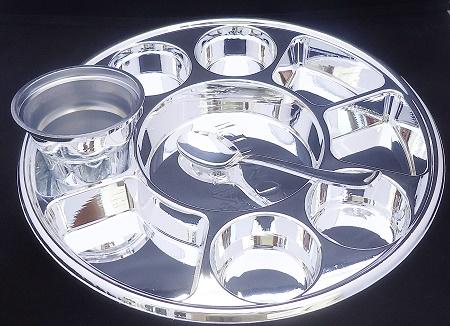 6 oz silver plastic bowl